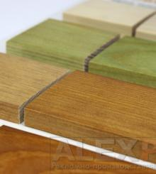 Дисплей с выкрасами пропитки для дерева